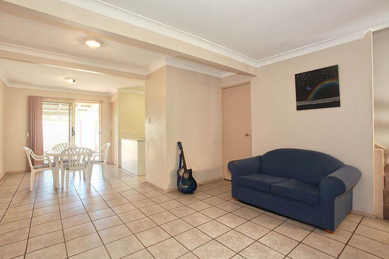 1/8 Monash Road, LOGANLEA QLD 4131, Image 2