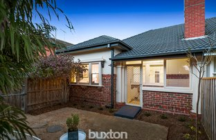 Picture of 1/29 Lillimur Road, Ormond VIC 3204