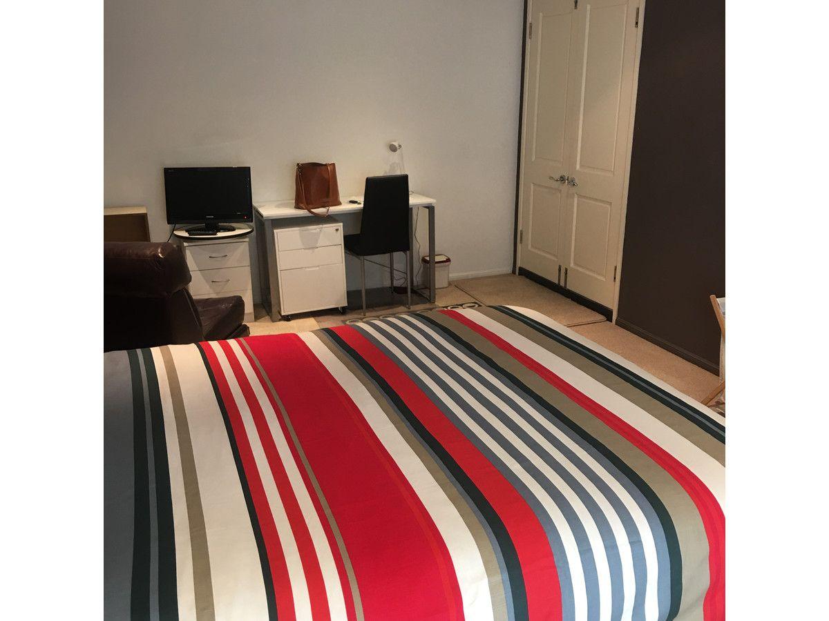 Room2/19 Genoa Street, Macgregor QLD 4109, Image 1