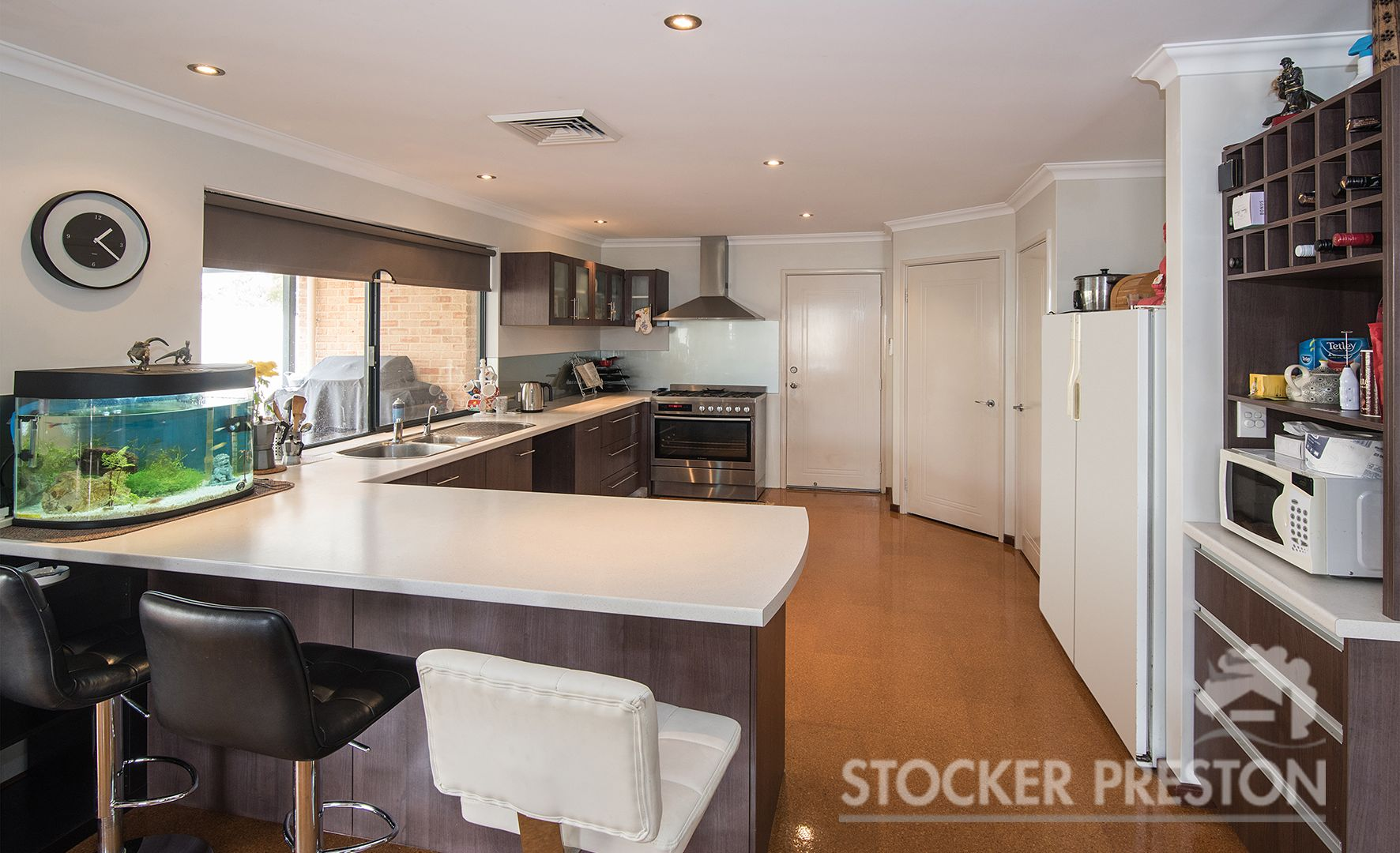 18 Royal Oaks Crescent, Dunsborough WA 6281, Image 2