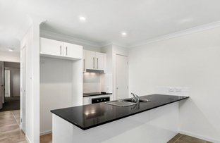 Picture of 1/27 North Road, Wynnum West QLD 4178