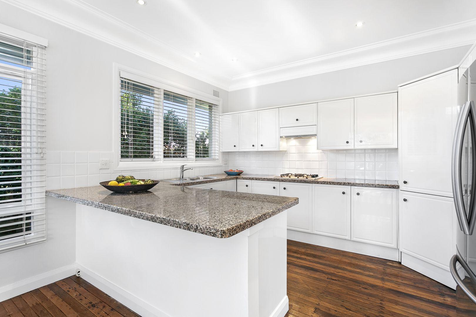 24 Ernest  Street, Balgowlah Heights NSW 2093, Image 2
