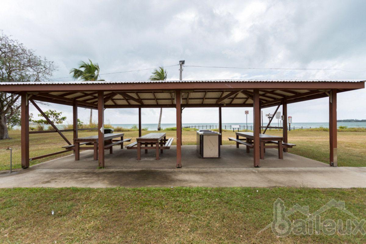 34 Palm Avenue, Seaforth QLD 4741, Image 2