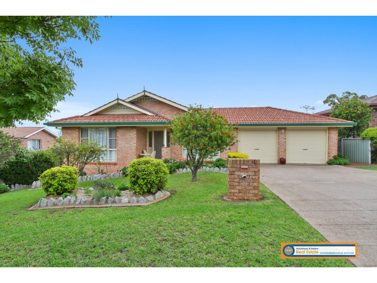 4 Anton Close, Armidale NSW 2350, Image 0
