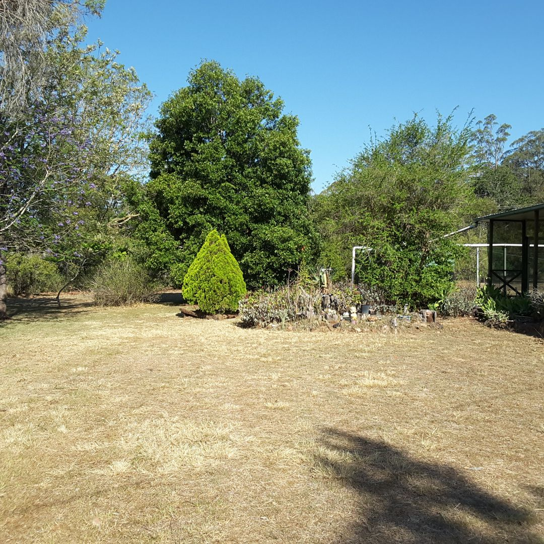 52 Crumpton, Blackbutt QLD 4314, Image 1