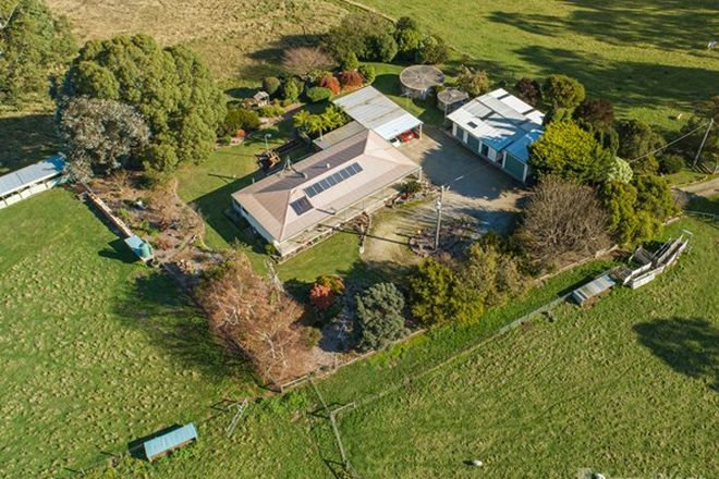 Picture of 142 Weirs Road, NARRACAN VIC 3824