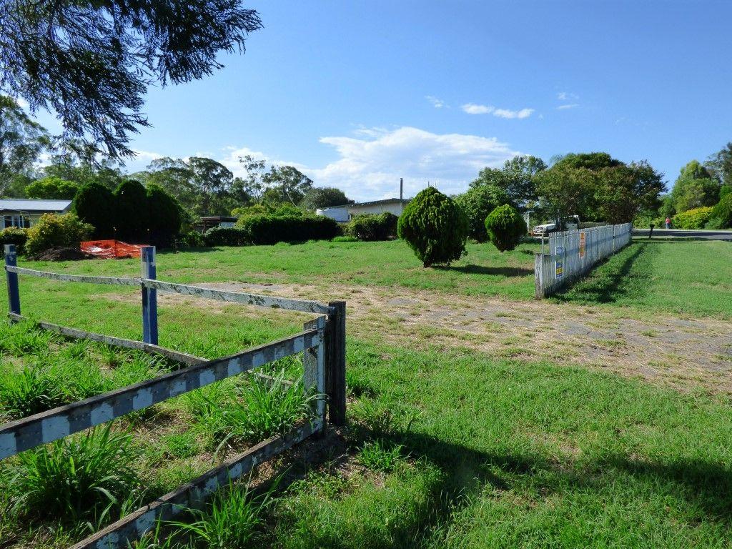 31 Cobb Street, Murgon QLD 4605, Image 2