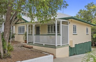 Picture of 11 Waverley Road, Camp Hill QLD 4152