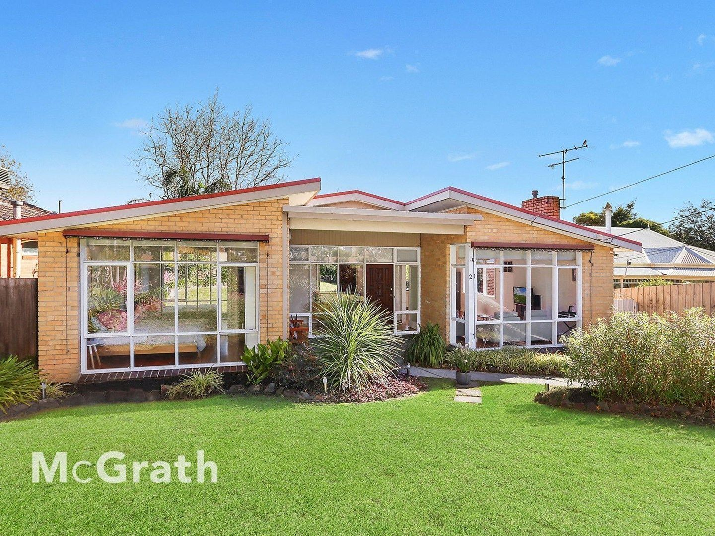 21 Sunhill Road, Mount Waverley VIC 3149, Image 0