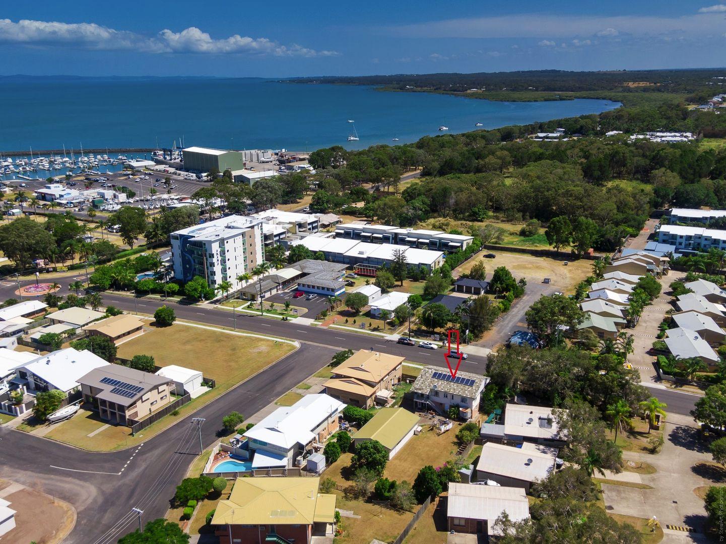 84 Miller St, Urangan QLD 4655, Image 2