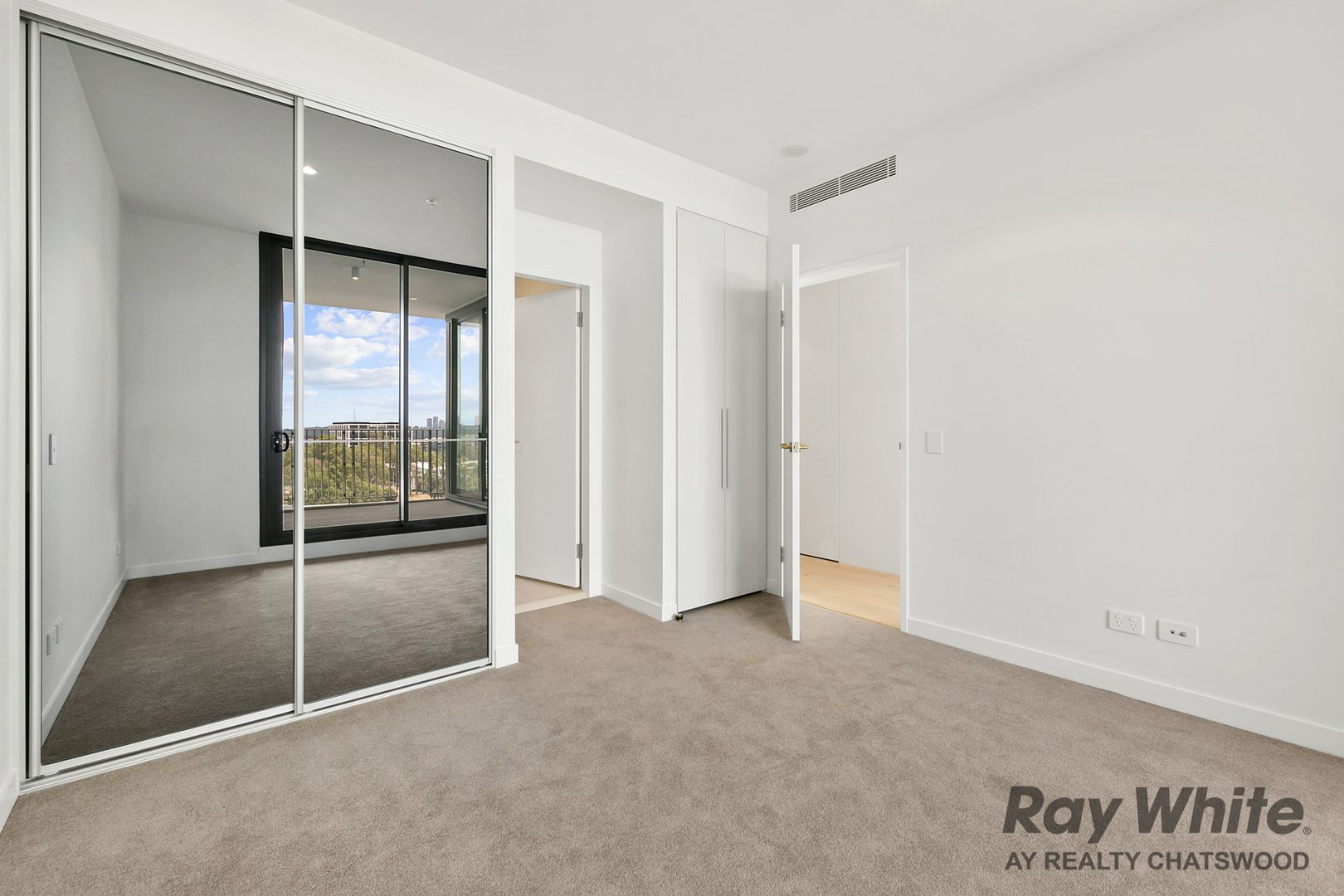 1607B/80 Waterloo Road, Macquarie Park NSW 2113, Image 2