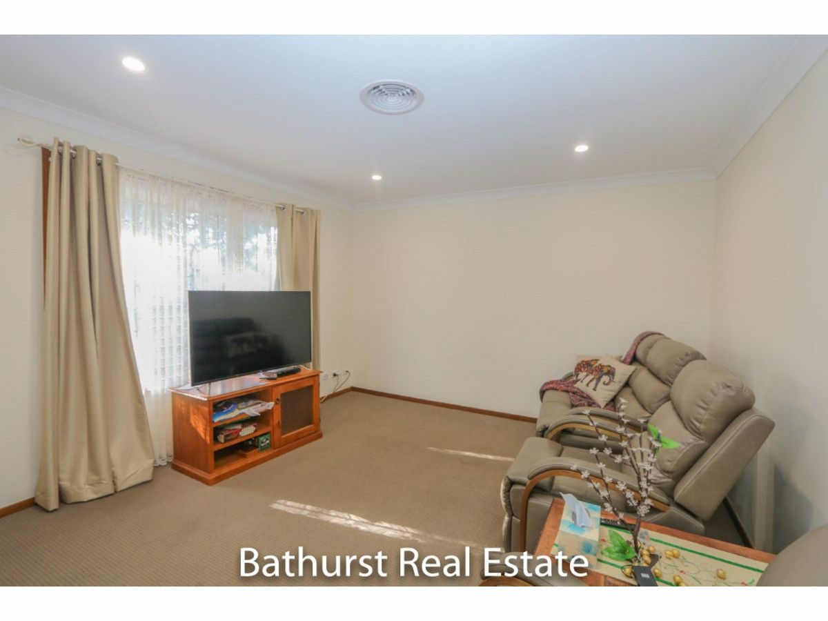 3/175 Rocket Street, Bathurst NSW 2795, Image 2