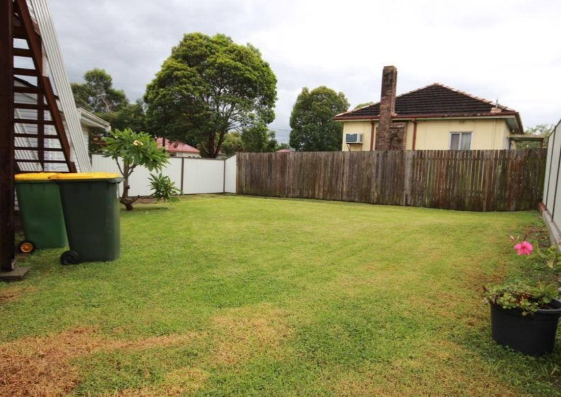 11 McKevitte Ave, East Hills NSW 2213, Image 1