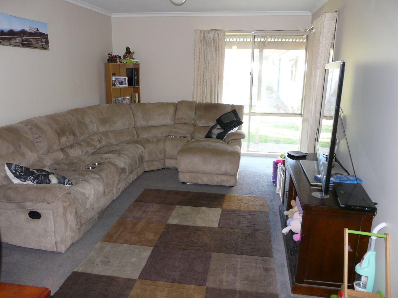 103 Deniliquin Street, Tocumwal NSW 2714, Image 2