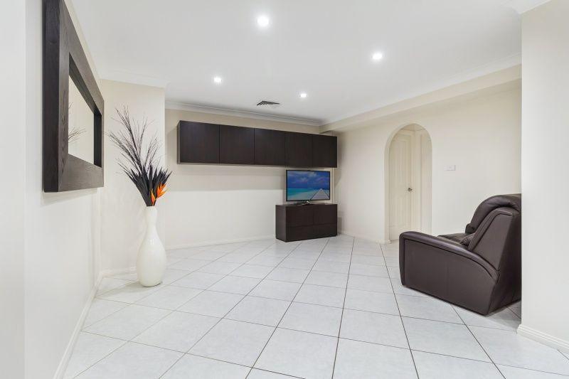 36 Wolverton Avenue, Chipping Norton NSW 2170, Image 2