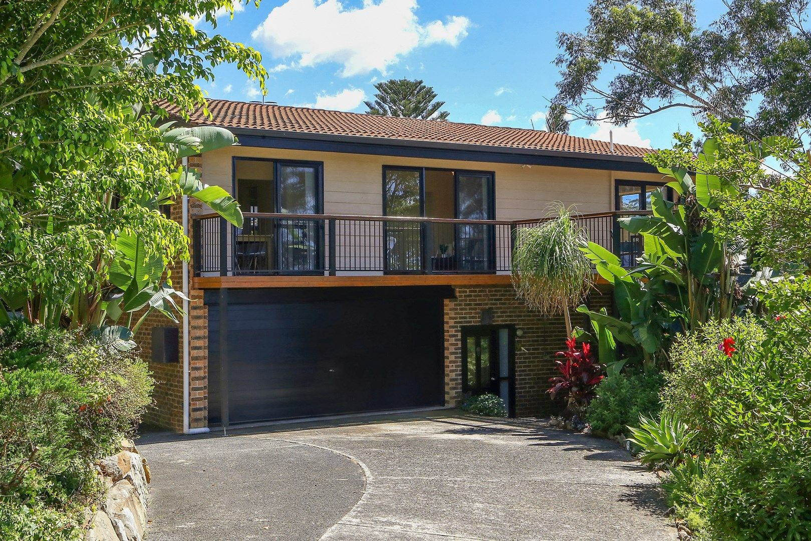 4 Beachcomber Parade, North Avoca NSW 2260, Image 0