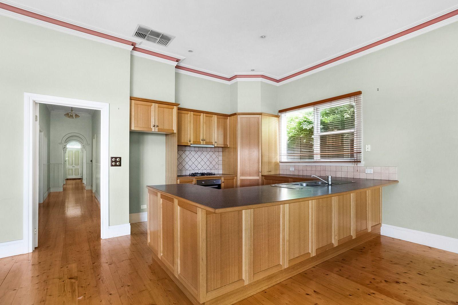 43 Barton Street, Surrey Hills VIC 3127, Image 2