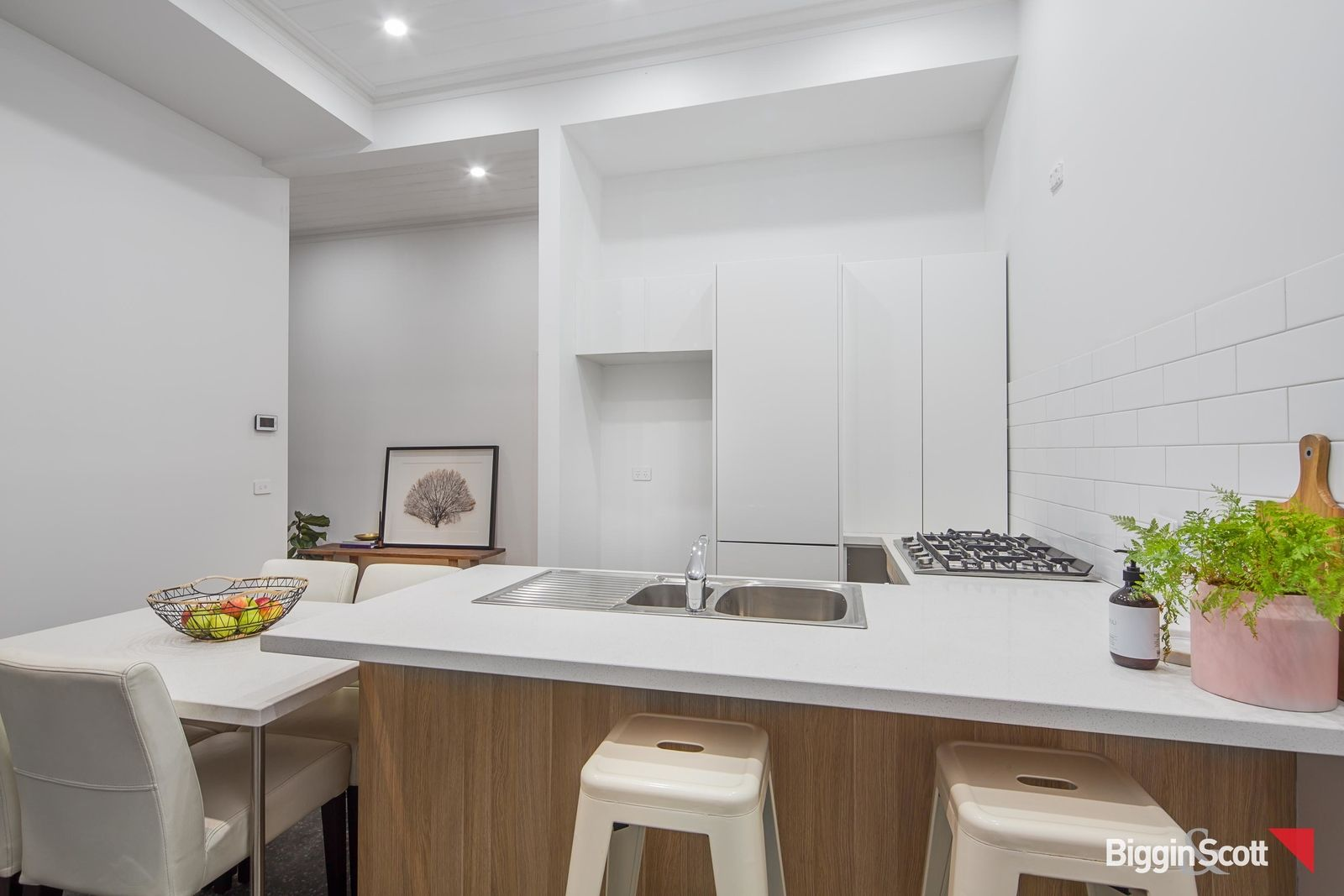 526 Armstrong Street North, Soldiers Hill VIC 3350, Image 1