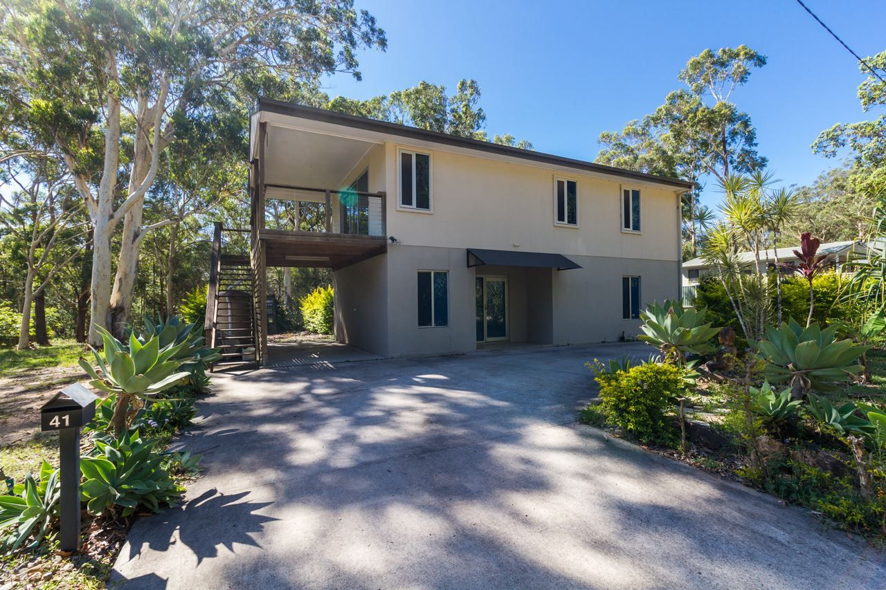 41 Villa Wood Rd, Russell Island QLD 4184, Image 0