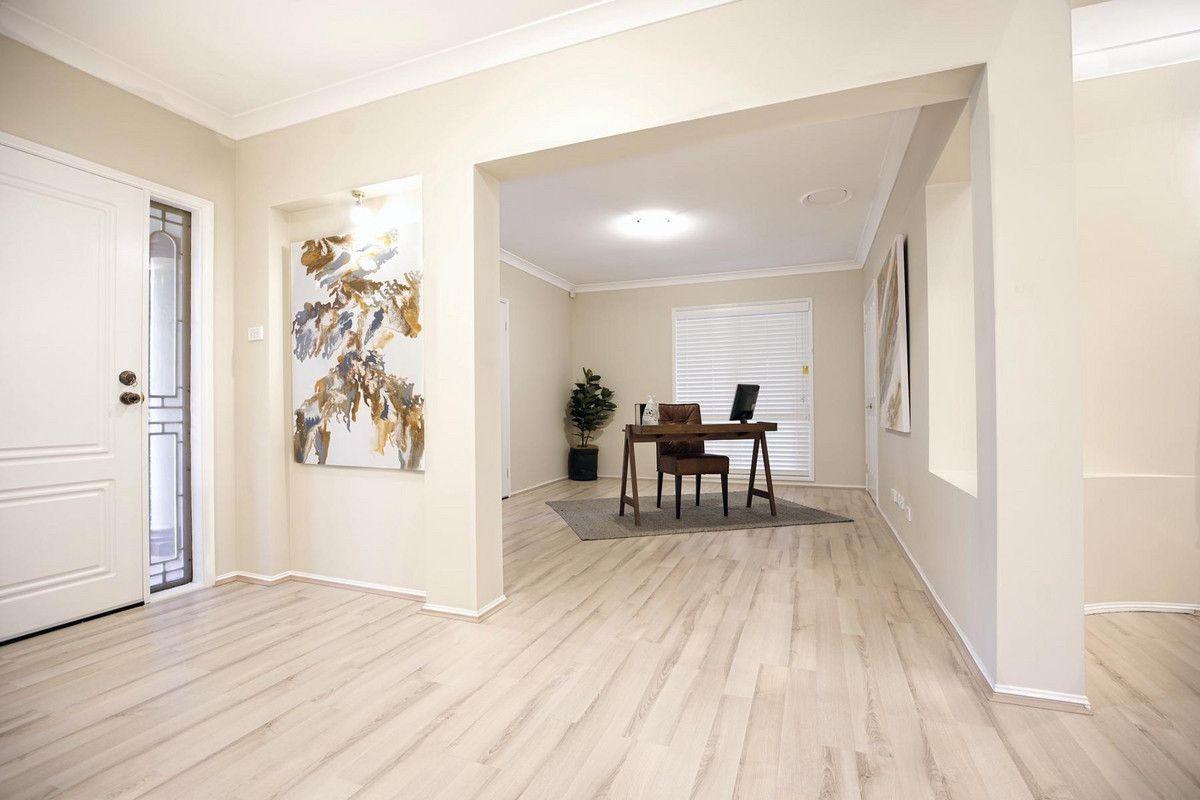 23 Torquay Terrace, Glenmore Park NSW 2745, Image 2