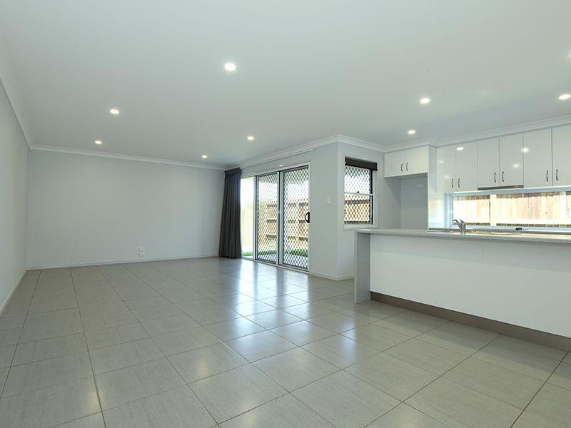 1/12 Fitzpatrick Street, Wilsonton QLD 4350, Image 2