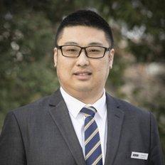 Leo Li, Sales representative