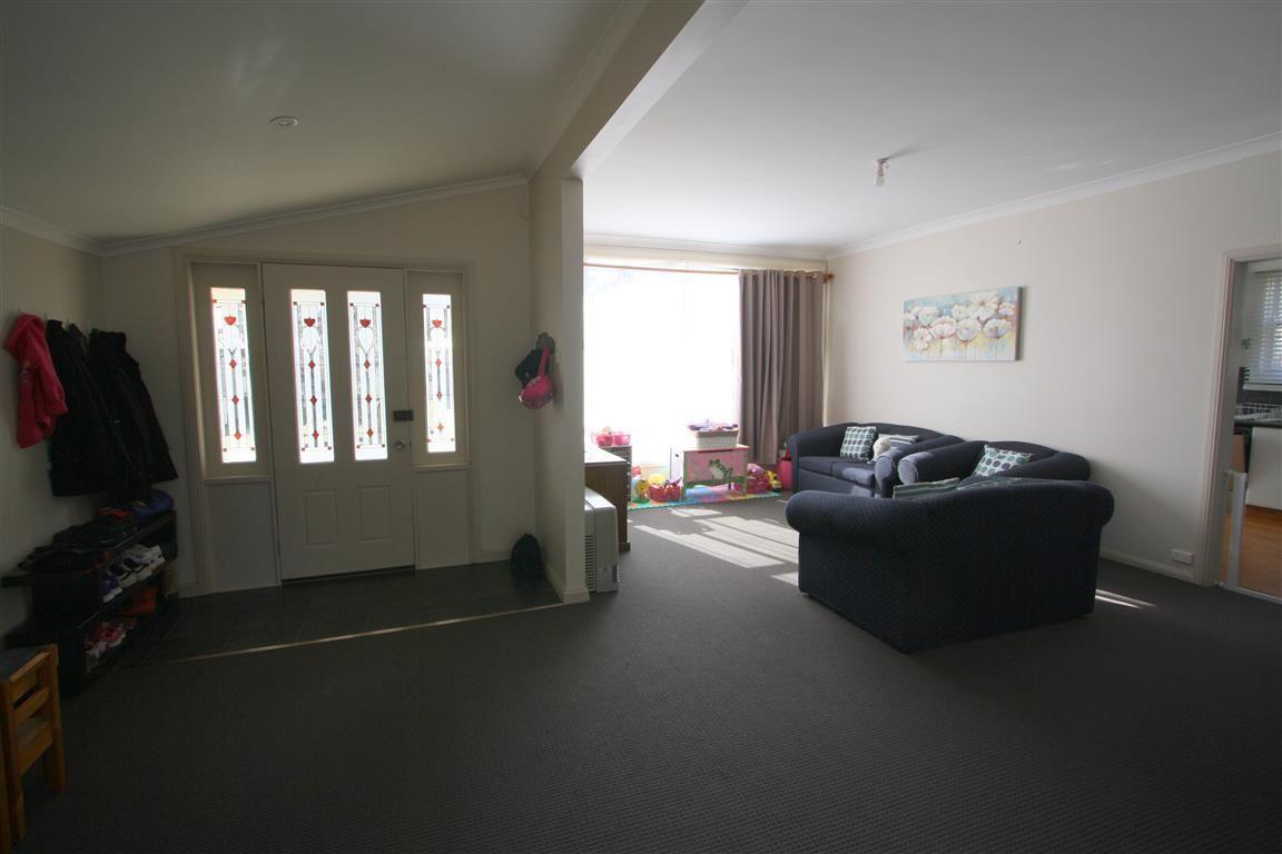80 Denison St, Cooma NSW 2630, Image 2