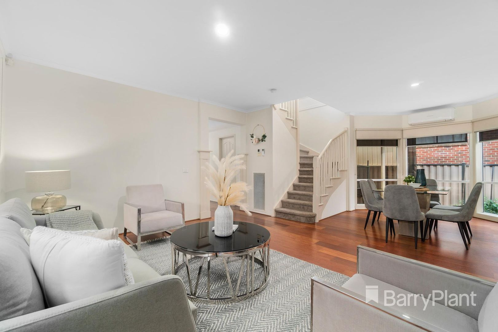 4 Hilliana Waters, Mill Park VIC 3082, Image 1