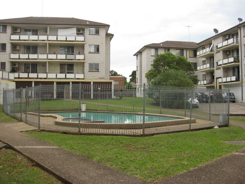 32/118 Longfield Street, Cabramatta NSW 2166, Image 0
