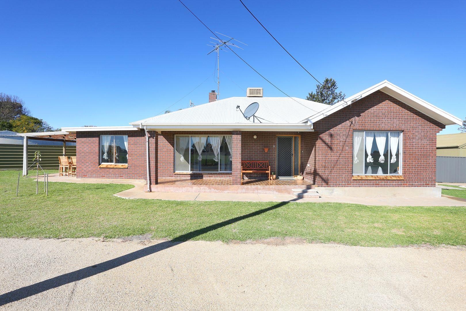 6-8 Seaview Road, Maitland SA 5573, Image 1