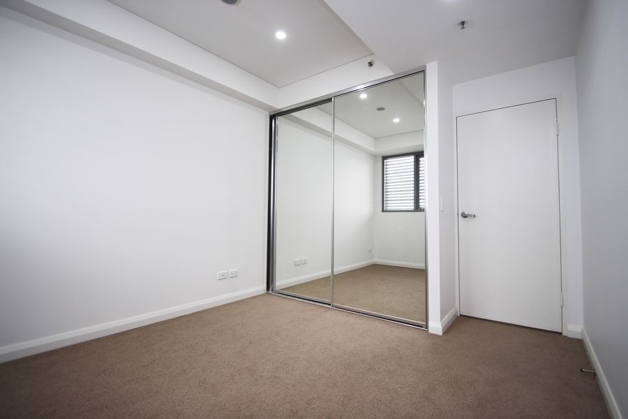 One Bed/18 Harrow Road, Auburn NSW 2144, Image 2