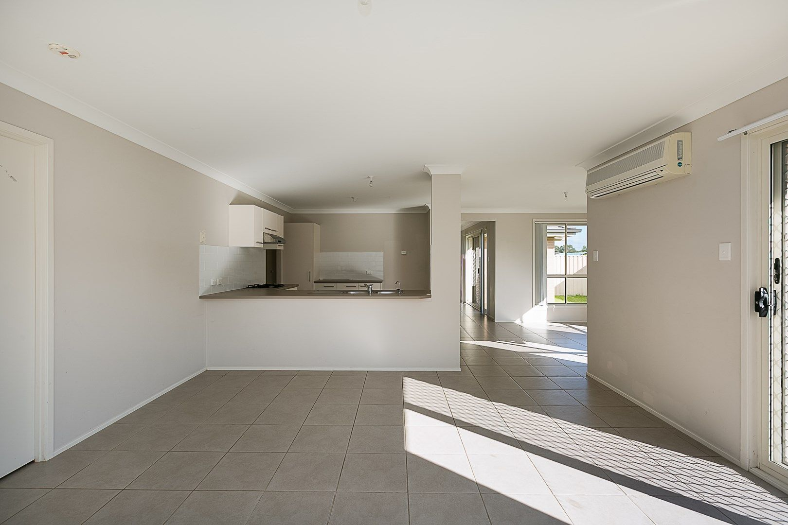 18 The Circuit, Blue Haven NSW 2262, Image 0