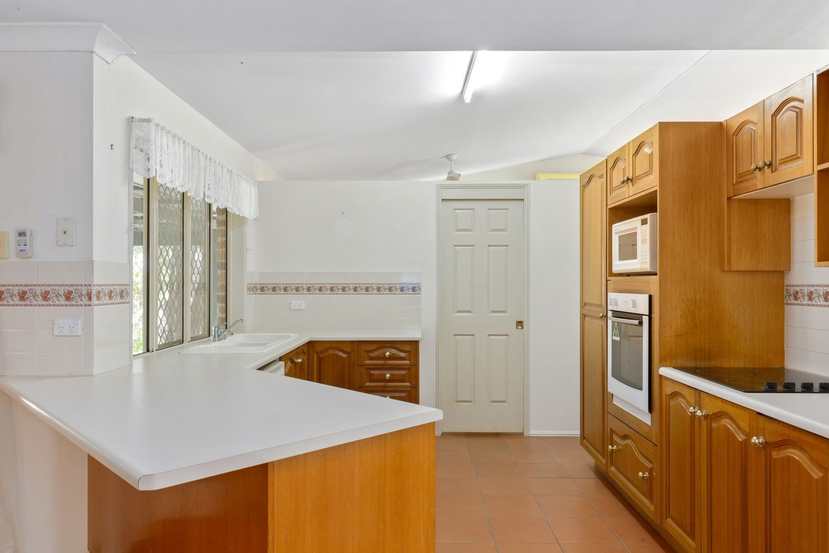9 Murphy Rd, Kabra QLD 4702, Image 2