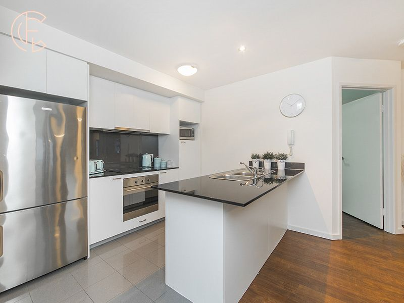 60/188 Adelaide Terrace, East Perth WA 6004, Image 2