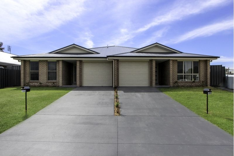 1/7 Salamander Road, Wadalba NSW 2259, Image 0