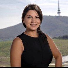 Parisa Noubakht, Sales representative