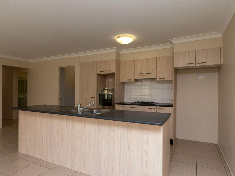 8 Sandalyn Avenue, Thornton NSW 2322, Image 2