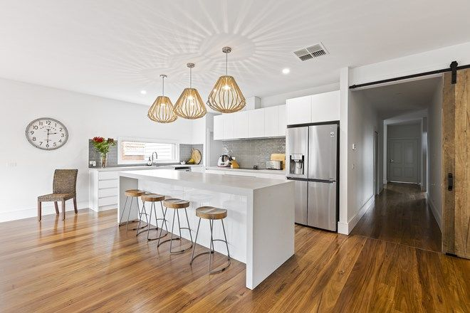 Picture of 130 Woodhouse Grove, BOX HILL NORTH VIC 3129