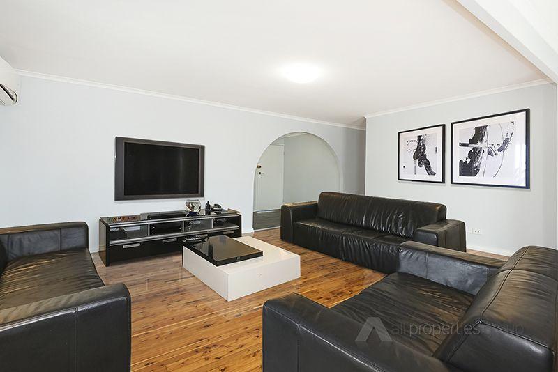 47 Evergreen Avenue, Loganlea QLD 4131, Image 2