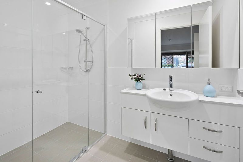 50B/112 Whites Road, Manly QLD 4179, Image 2