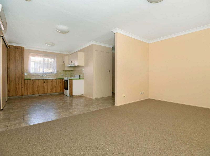 2/16 Kingsford Smith Drive, Wilsonton QLD 4350, Image 0