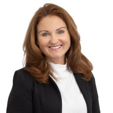Laureen Wood, Sales representative