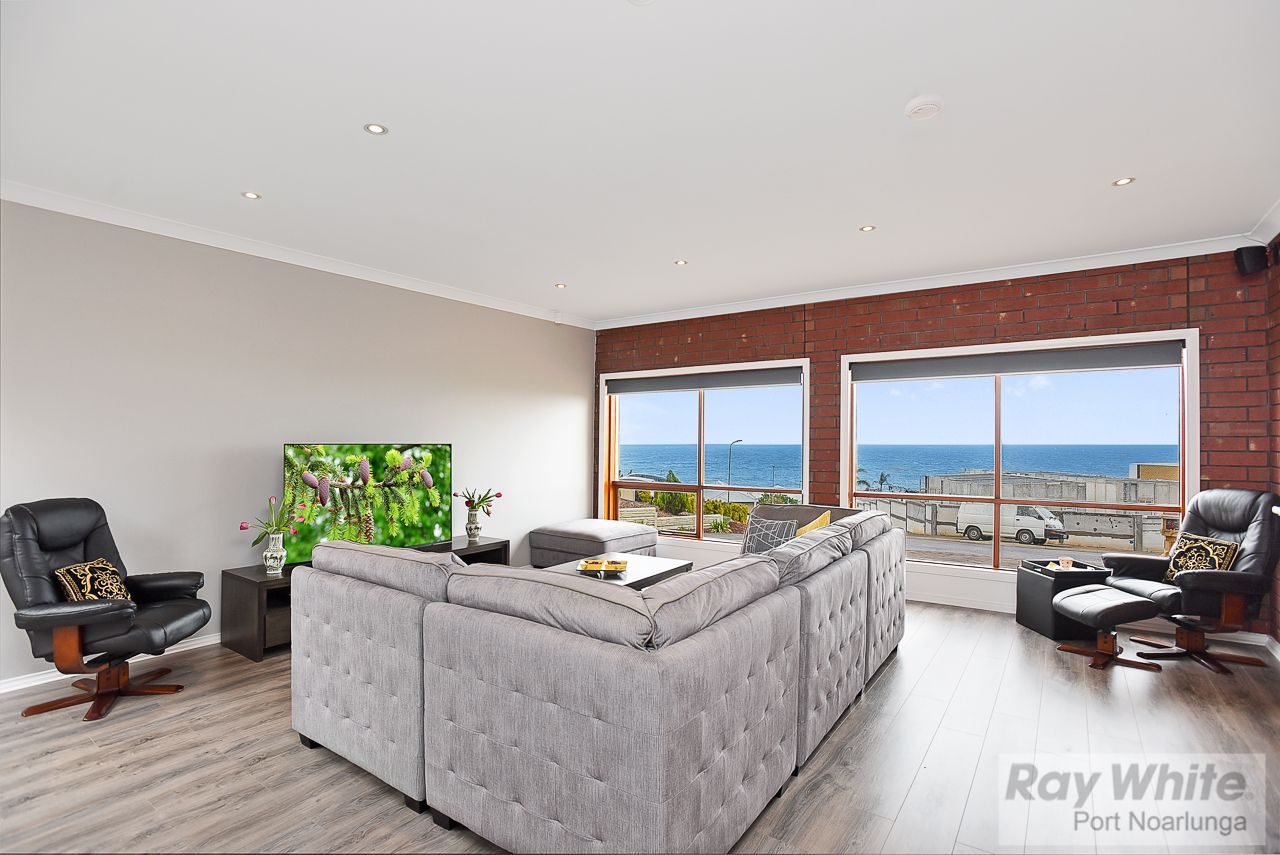 6 Sunset Court, O'Sullivan Beach SA 5166, Image 1