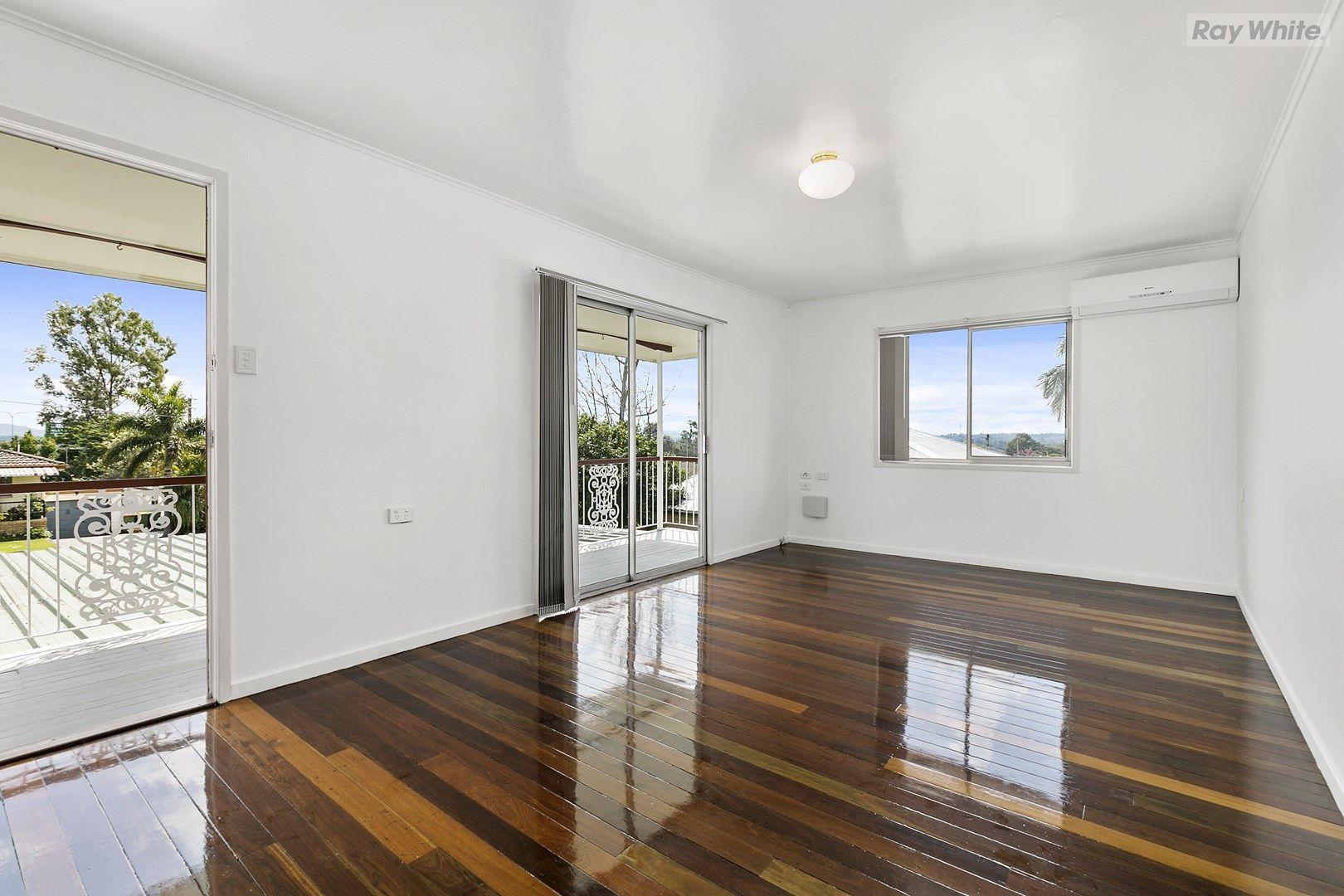 12 Webb Street, Riverview QLD 4303, Image 2