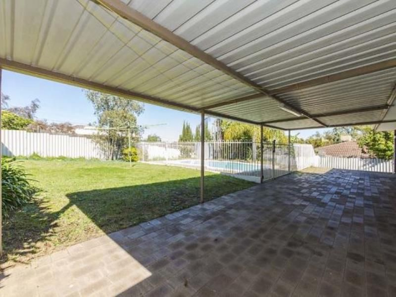 12 Harrier Way, Beldon WA 6027, Image 1