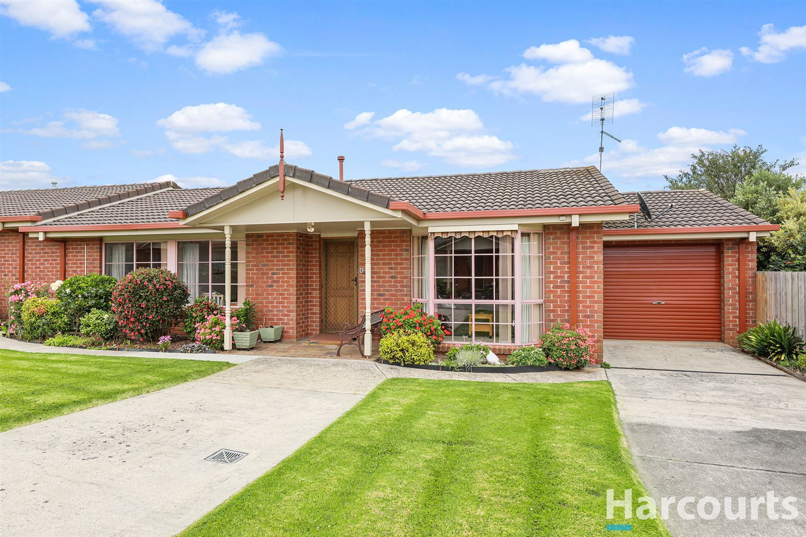 8/26 Young Street, Drouin VIC 3818, Image 1