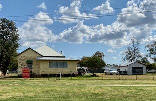 Picture of 52 York Street, Oakey QLD 4401