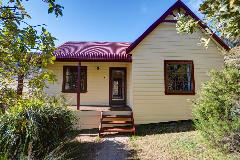 11 Neate Avenue, Blackheath NSW 2785, Image 0