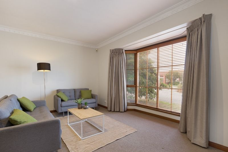 1/60 Military Road, Tennyson SA 5022, Image 2