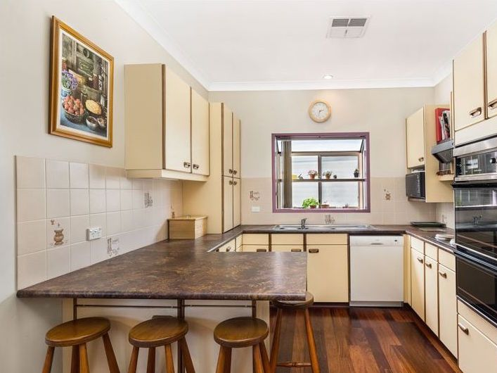 110 Greenacre road, Greenacre NSW 2190, Image 2